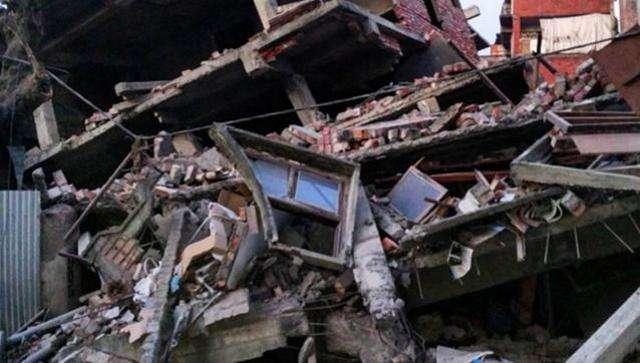 भारतमा शक्तिशाली भुकम्प,कम्तीमा चारजनाको मृत्यु , नेपालमा पनि धक्का