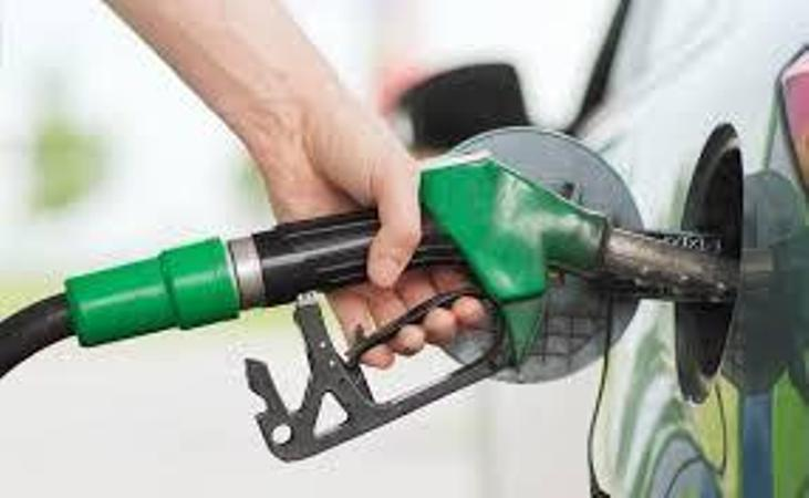 बढ्यो पेट्रोल, डिजेल र मट्टितेलको मूल्य