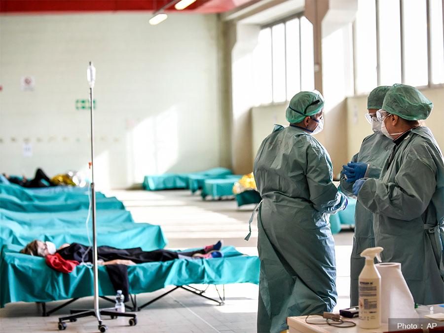 इटलीमा मृत्यु हुनेको संख्या घट्दै  दुई साताकै कम