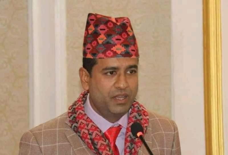 लुम्बिनी प्रादेशिक अस्पतालका मेसु ढकालको घोषणा : 'निजी अस्पतालमा बिरामी हेर्दिन'